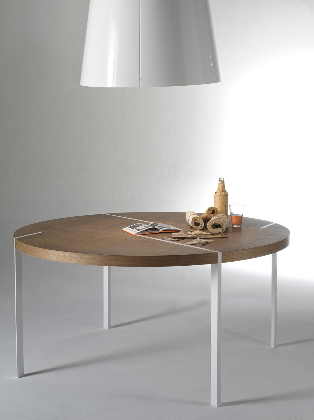 TRACES-TABLE-02